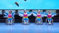 残疾人大妈轮椅广场舞