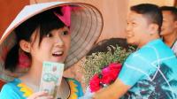 萌妹越南卖花遭流氓调戏强吻