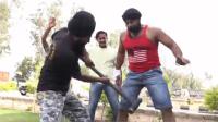 印度男挑战铁棒槌下体!