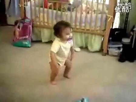 可爱宝宝的销魂舞蹈