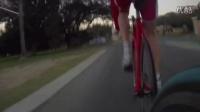 视频: 公路车竞赛死飞乱入差点被拉爆